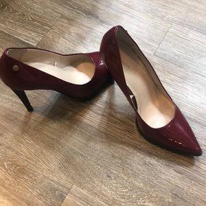 Calvin Klein Brigitte 7.5 red High Heels
